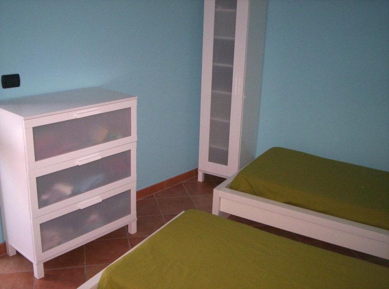 Calabria appartamento francesca a nicotera marina - Televisione in camera da letto si o no ...